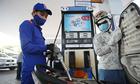 Không tăng giá bán lẻ xăng dầu