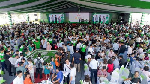 2.000 khách hàng tham dự lễ giới thiệu dự án Lovera Park (tháng 11/2017).