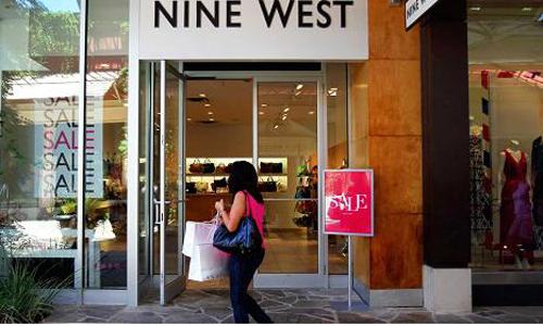 Một cửa hàng Nine West tại trung tâm thương mại ở Texas (Mỹ). Ảnh: Bloomberg.