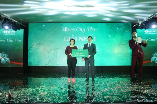 Người trúng giải nhất là chị Nguyễn Diệu Thơ (Hà Nội)