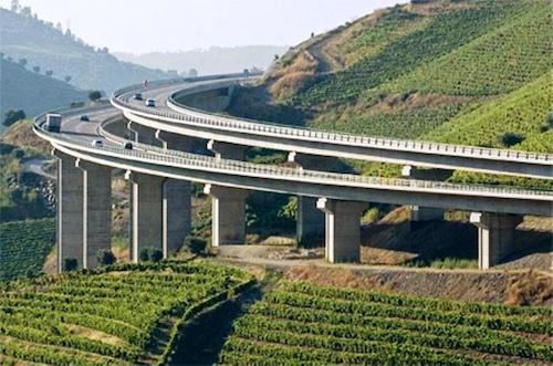 Phối cảnh dự án cao tốc Vân Đồn - Móng Cái (Quảng Ninh). Ảnh: Minh Cương
