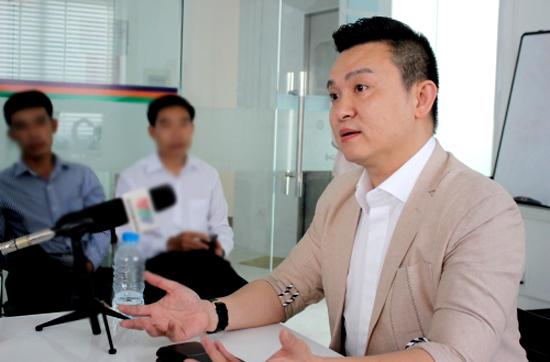 Ông Diệp Khắc Cường cho biết ông chỉ là công cụ của iFan và không liên quan đến iFan như những gì nhà đầu tư tố cáo. Ảnh: P.V