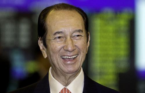Tỷ phú sòng bạc Hong Kong nghỉ hưu ở tuổi 96