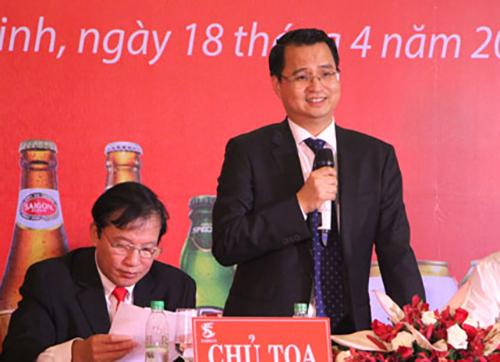 Ông Võ Thanh Hà (người đứng) trong một cuộc họp của Sabeco.
