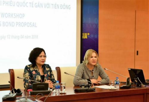 Bà Nena Stoiljkovic -Phó chủ tịch IFC phụ trách khu vực Đông Á - Thái Bình Dương phát biểu tại tọa đàm.