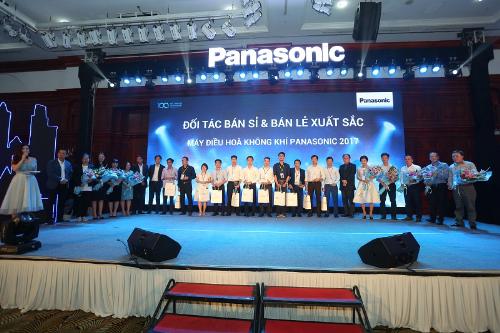 Các đối tác bán sỉ & Bán lẻ xuất sắc máy điều hòa không khí Panasonic 2018.