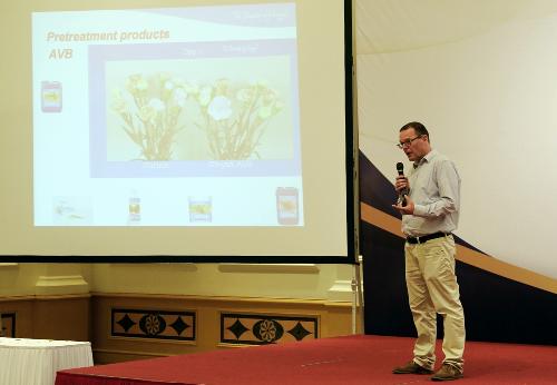 Theo đại diện Dalat Hasfarm, sự gắn kết bền chặt với khách hàng là bí quyết để công ty không ngừng phát triển, lớn mạnh và mở rộng thêm lượng khách hàng mới.