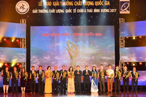 Tân Á Đại Thành nhận Giải vàng giải thưởng Chất lượng Quốc gia (bài xin Edit) - 2