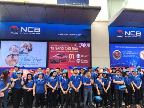 Các cán bộ nhân viêncủa ngân hàngtrên toàn quốctập trung sẵn sàng cho buổi roadshow nhằmquảng bá hình ảnh và thương hiệu NCB đồng thờiđẩy mạnh tư vấn giới thiệu với khách hàng về các dịch vụ của NCB.