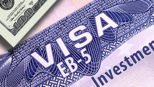 Sau 5 năm, chủ đầu tư được cấp thẻ xanh và đủ điều kiện thi quốc tịch Mỹ.
