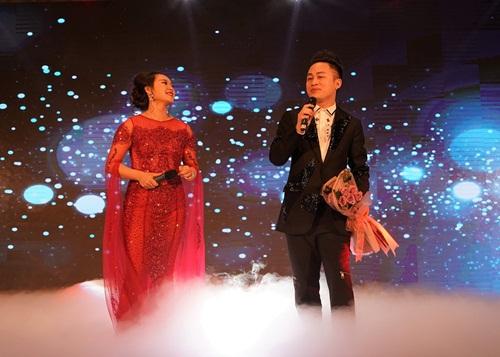 Sự kiện mừng thành lập còn có sự góp mặt của nhiều nghệ sĩ nổi tiếng như Tùng Dương, Khánh Linh, YVol, Đức Phúc, Miu Lê, Ái Phương, guitarist Nguyễn Văn Tuấn...
