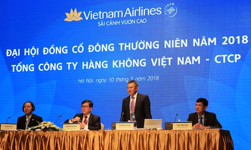 Ông Dương Trí Thành, Tổng giám đốc Vietnam Airlines đang phát biểu tại đại hội. Ảnh: Anh Tú