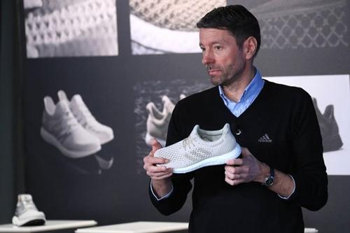 CEO Adidas - Kasper Rorsted trong một sự kiệnhồi tháng 3. Ảnh: Bloomberg