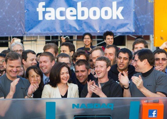 Mark Zuckerberg đã giúp Facebook thống trị thế giới ra sao