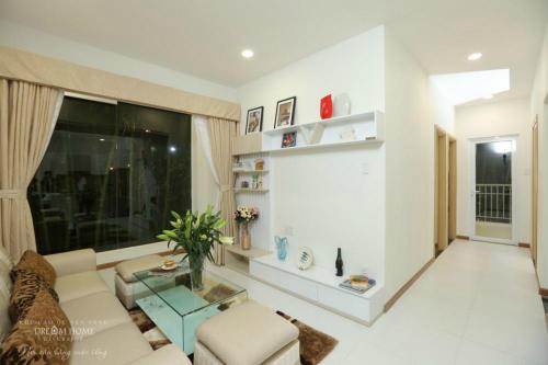 Dream Home Riverside được thiết kế tinh tế, hiện đại, luôn đảm bảo thông thoáng cho không gian sống.