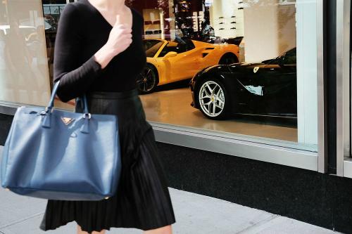 Với một số người Mỹ, có 2,4 triệu USD có thể chưa gọi là giàu nếu thiếu thời gian và đời sống tình cảm.