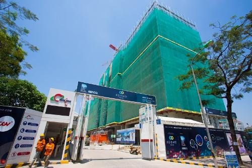 Cả 3 tòa Metro, Centro và Novo đang được đồng loạt thi công.