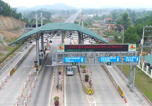 Trạm thu phí BOT Thái Nguyên - nơi mà nhiều người dân, tài xế phản đối điểm đặt trạm. Ảnh: Xuân Hoa