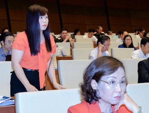 Bà Vũ Thị Như Mai- Uỷ viên thường trực Uỷ ban Tài chính ngân sách, đoàn đại biểu Hà Nội. Ảnh: QH