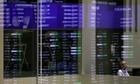 Chứng khoán giảm, vàng tăng vọt vì Mỹ hủy gặp Triều Tiên