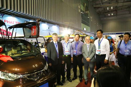 Đại Phát Tín đã có nhiều mẫu xe điện chuyên chở hành khách có sức chứa lên đến 23 chỗ ngồi...