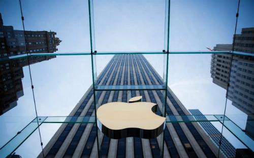 Apple đã năm thứ 8 đứng đầu bảng xếp hạng thương hiệu đắt giá nhất hành tinh của Forbes. Ảnh: AFP