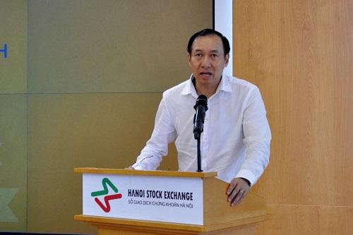 Ông Phạm Hồng Sơn, Phó chủ tịch Ủy ban Chứng khoán Nhà nước.