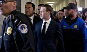 Các hãng chi triệu USD mỗi năm để bảo vệ CEO