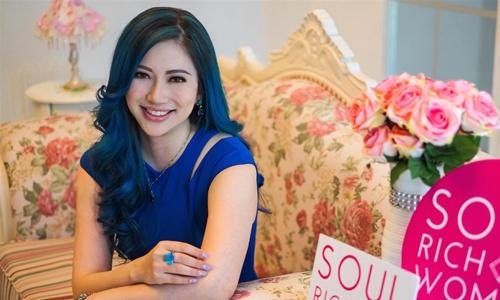 Genecia Alluora là cựu Á hậu Singapore. Ảnh:Soul Rich Woman