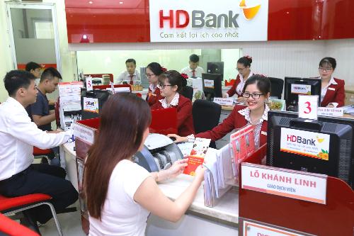 HDBank đang triển khai nhiều ưu đãi cho khách gửi tiết kiệm, nổi bật là chương trình cộng lãi suất cho ngườicao tuổi.