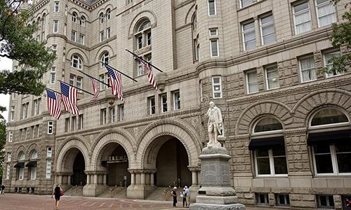 Hội thảo Việt Nam: Tiềm năng và cơ hội đầu tư sẽ được tổ chức tại khách sạn Trump International Hotel Washington, D.C, 1100 Pennsylvania Ave NW, Washington, DC 20004, USA vào ngày 25/6/2018.  Để đăng ký tham gia sự kiện, vui lòng liên hệ: Mr. Dũng: 0974 080 515