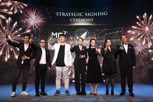 Chia sẻ trong buổi tiệc Dare to beFree ra mắt T Entertainment, nữ doanh nhân Cheng Bảo Phương cho biết, kinh doanh là một niềm đam mê vô tận và cô luôn muốn chinh phục những lĩnh vực mới để thử sức mình. Tôi thích sự sáng tạo, thích những dự án đầu tư mạo hiểm nhưng phá cách và có thông điệp rõ ràng. Tôi chọn đầu tư vào T Entertainment vì thấy những lãnh đạo trẻ của họ đều có tính cách giống tôi, dám đương đầu với rủi ro để thực hiện bằng được những ước mơ, nữ doanh nhân cho biết.