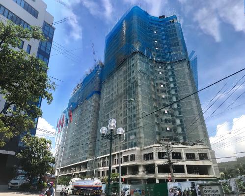 Dự án P.H Complex Nha Trang với tốc độ thi công nhanh chóng nhờ sử dụng sản phẩm tấm tường rỗng bê tông đúc sẵn theo công nghệ đùn ép.