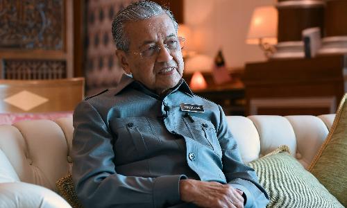 Thủ tướng Malaysia - Mahathir Mohamad trong cuộc phỏng vấn hôm qua. Ảnh: Nikkei