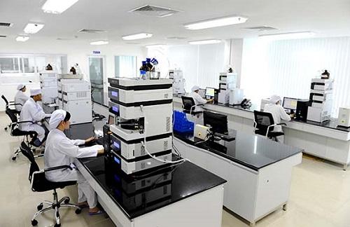chiến lược trong phát triển sản phẩm của mình là sử dụng nguyên liệu thiên nhiên và phải được nghiên cứu ứng dụng công nghệ sinh học để tạo ra sản phẩm chất lượng, mang hàm lượng kĩ thuật cao, có lợi thế cạnh tranh trên thị trường.