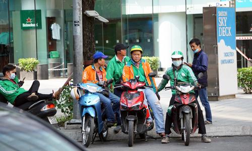 Nhiều hãng gọi xe ra mắt sau khi Uber rút khỏi thị trường Việt Nam. Ảnh: Anh Tú.