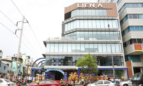 Cửa hàng đặt tại số 181 Nguyễn Văn Trỗi, phường 10, quận Phú Nhuận, TP HCM.