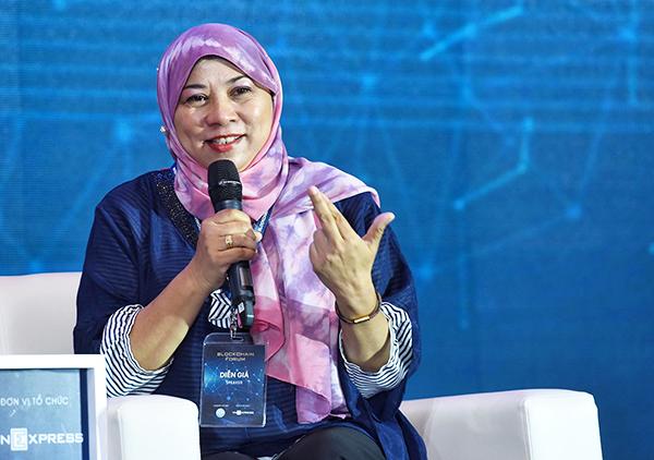 Bà Mastura Ishak - Giám đốc chương trình Blockchain - Tập đoàn Công nghệ cao Malaysia.