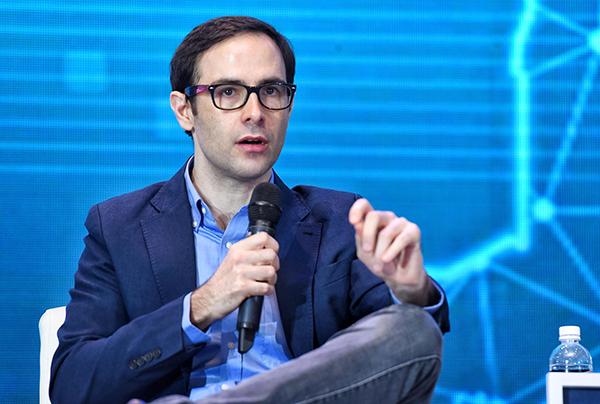 Ông Adam Vaziri - Tổng Giám đốc QRC Group.