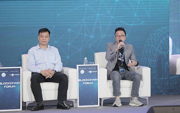 Ông Nguyễn Văn Vững (phải) phát biểu dưới góc nhìn từ doanh nghiệp.