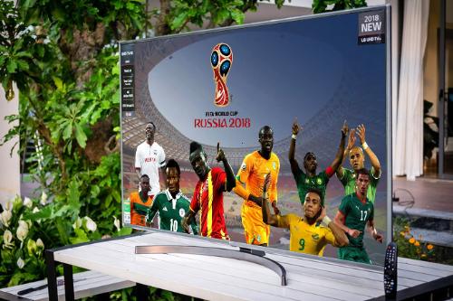 LG tung nhiều mẫu tivi màn hình lớn phục vụ World Cup.