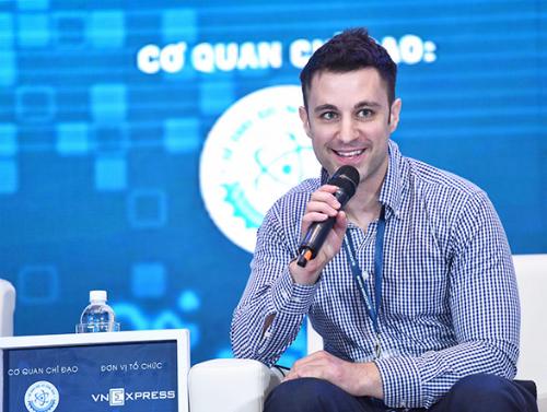 Ông Dane Elliot, giám đốc kinh doanh của Achain - nền tảng blockchain về hợp đồng thông minh hàng đầu tại Trung Quốc