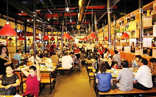 Kinh doanh chuỗi nhà hàng mang lại biên lợi nhuận gộp hơn 60%.