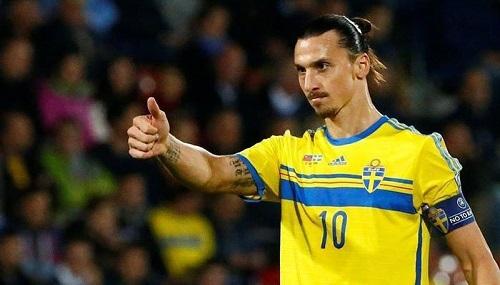 Ibrahimovic thời còn thi đấu cho Thụy Điển. Ảnh: Reuters.