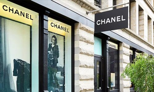 Chanel thu về gần 10 tỷ USD năm ngoái. Ảnh: CNN
