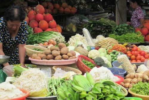 Thực phẩm tăng giá. Ảnh: Hồng Châu.