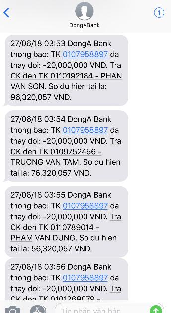 Tin nhắn thông báo chuyểnkhoản gửi đến số điện thoại chị Duyên.