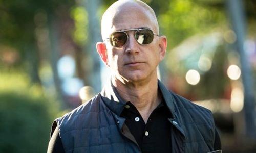 Ông chủ Amazon - Jeff Bezos trong một sự kiện năm ngoái. Ảnh: AFP
