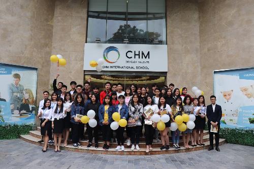 TrườngQuốc tế CHM vẫn tiếp tục tuyển sinh bằng phương pháp xét học bạ như các năm trước.