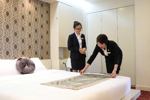 Trường CHM xét tuyển học bạ lớp 12 với 2 ngành đào tạo chính của trường là Quản trị Khách sạn và Nghệ thuật Ẩm thực trong năm học 2018-2019.
